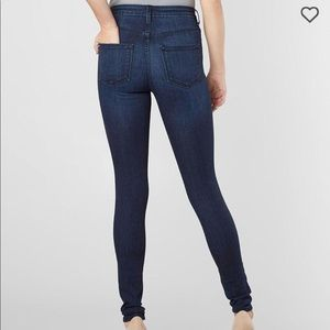 Buckle High Rise Skinny Jeans! NEW
